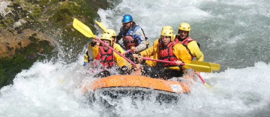 rafting lao river