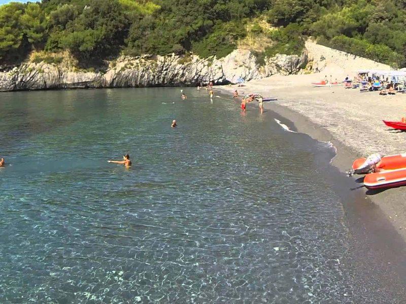spiaggia-macarro-maratea.jpg